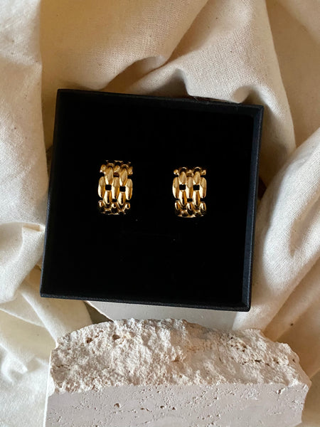 CHRISTIAN DIOR Panther Gold Plated Pierced Earrings