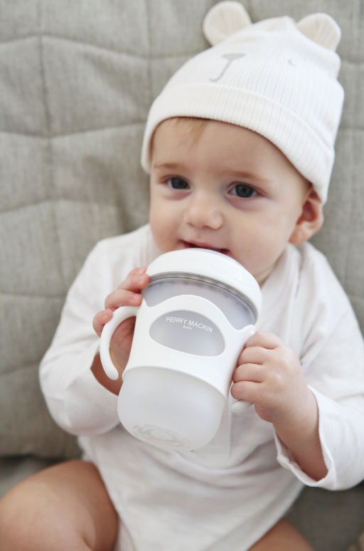 Goodbye, Bottle! How to Transition From Bottles to Sippy Cups