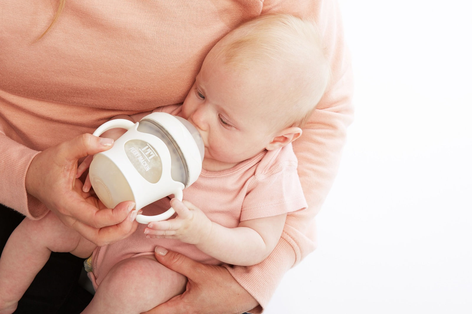 7 Bottle Feeding Tips for First-Time Parents