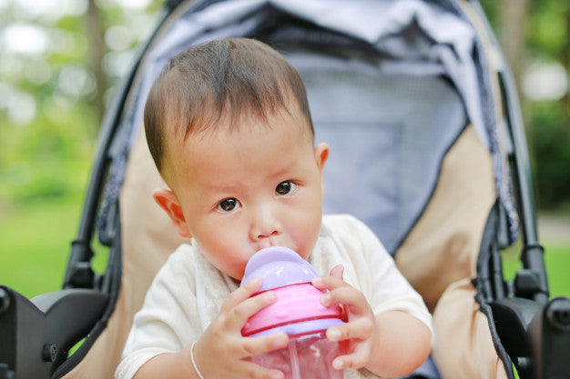 When to Introduce a Straw Cup or Sippy Cup