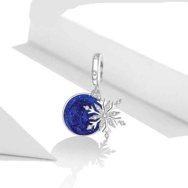 Sparkling Snowy Night Charm - No imperfection