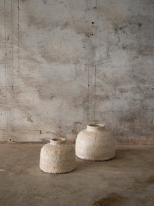 small and big ceramic jar object in off white glaze by Jérôme Hirson