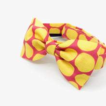 Load image into Gallery viewer, Bowtie (0801-01 Yellow Polka / Pink BG)