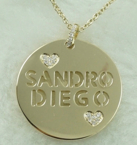 Personalized Medal 14K Gold realized by Laura Sayan Jewelry