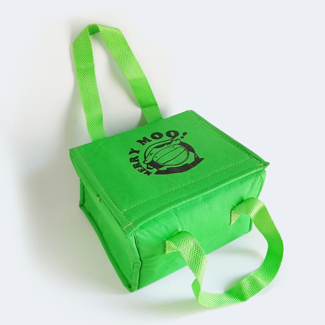 Merry Moo Insulator Bag