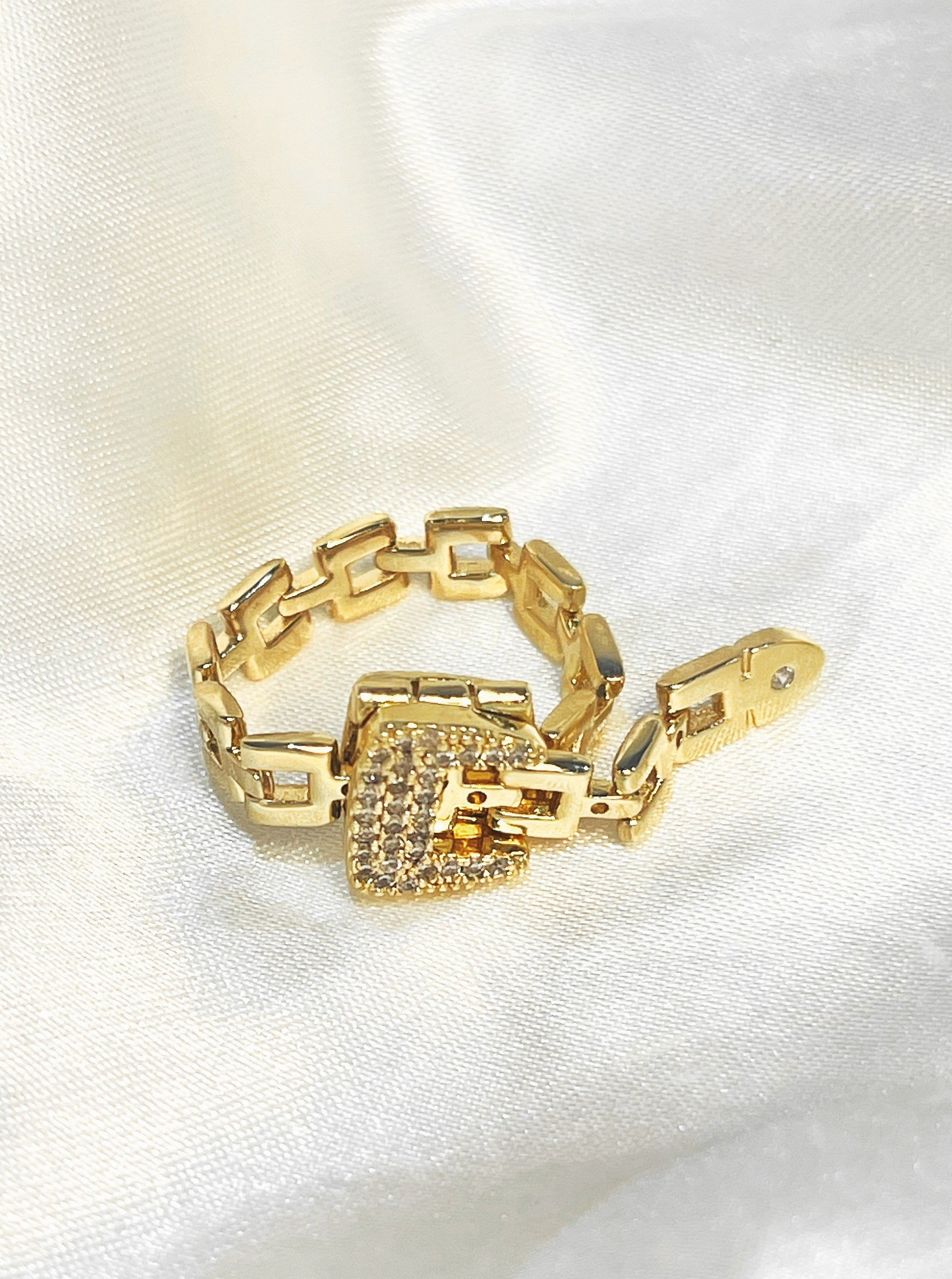 Anaïs Crystal Belt Chain 18K Gold Plated Adjustable Ring