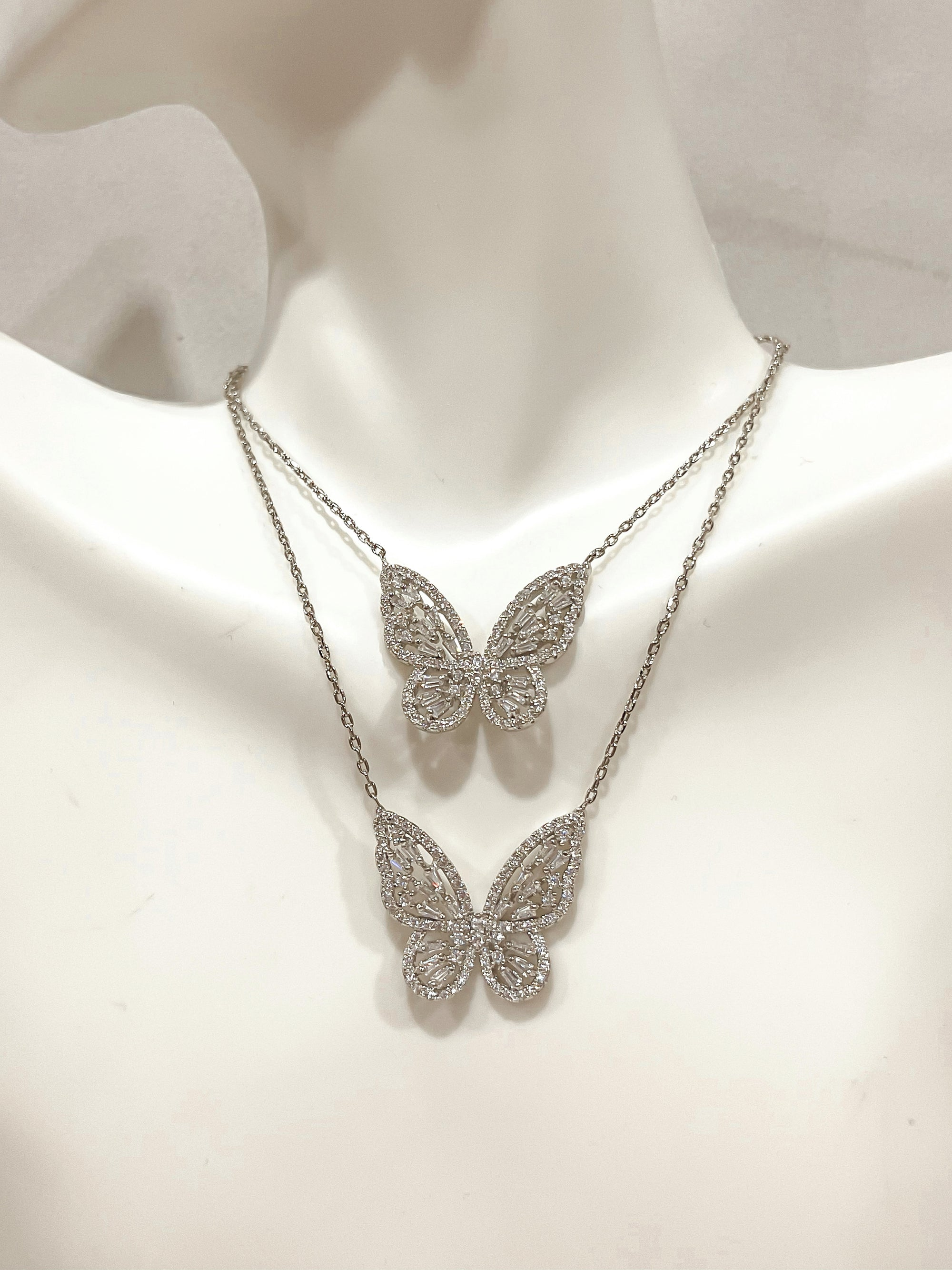 Anaïs Butterfly Necklace 18K Silver Plated