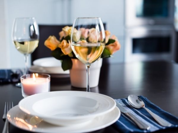 How To Plan a Romantic At-Home Dinner for Two