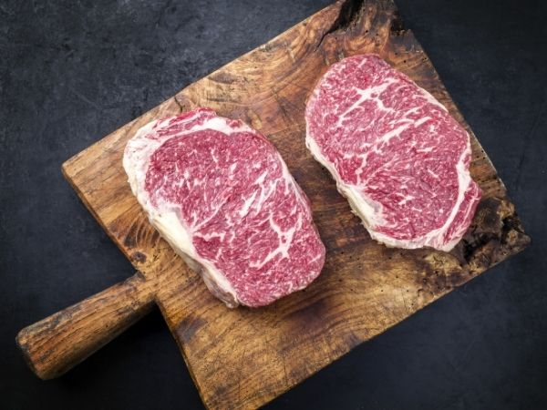 Holiday Gifts to Give the Meat-Lover in Your Life