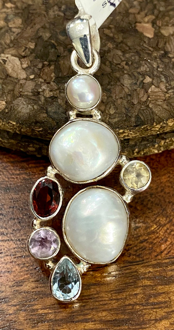 Pearl Pendant with Semi Precious Stones also available in other stones