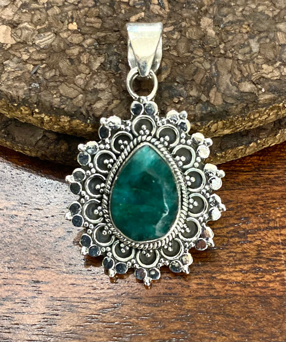 Emerald Cab Stone Pendant set in Sterling Silver