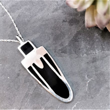 Load image into Gallery viewer, Art Deco Pendant Black