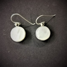 Load image into Gallery viewer, Mother of Pearl Round Sterling Silver Earrings