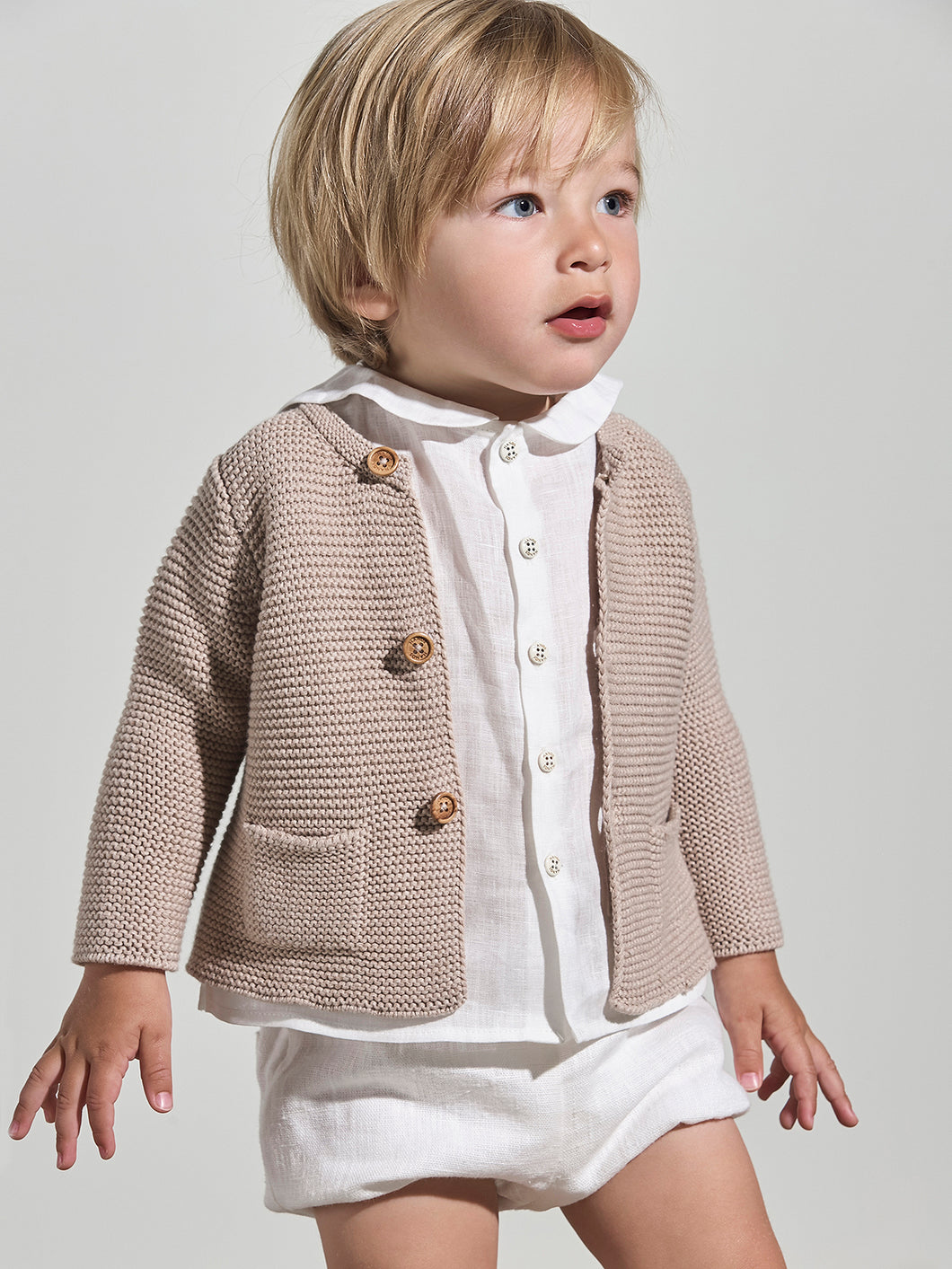 KNITTED  LIGHT BROWN CARDIGAN