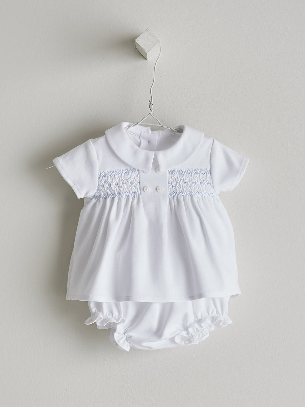 BABY SET IN WHITE AND BLUE