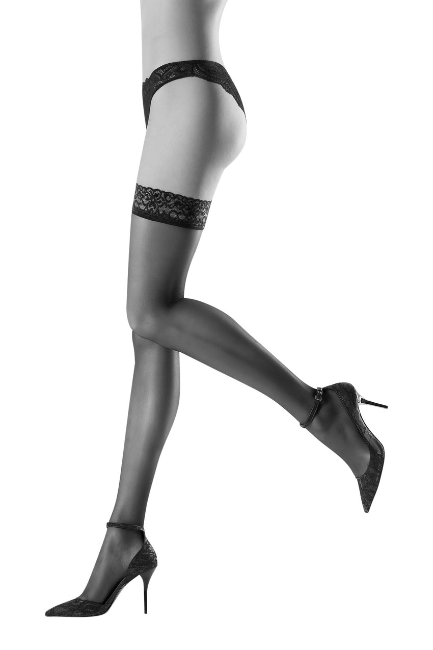 Oroblu Chic Up 30 Semi-sheer thigh highs with lace lingerie stay-up bands in a varied palette of matte colors.