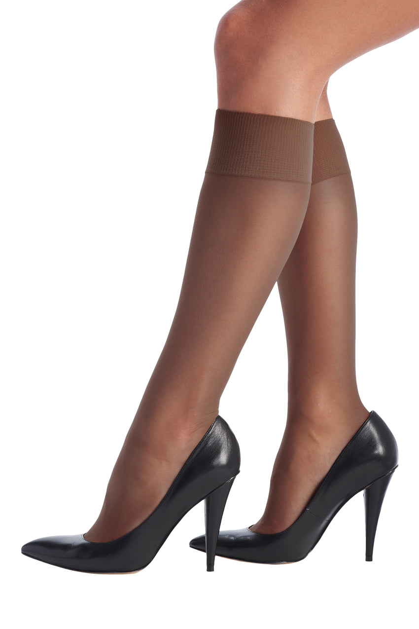 Lycia 15 Knee Highs