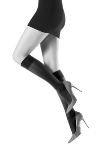 Oroblu Opaque 50 Knee Highs Opaque knee-highs in a matte finish with wide support stay-up bands.
