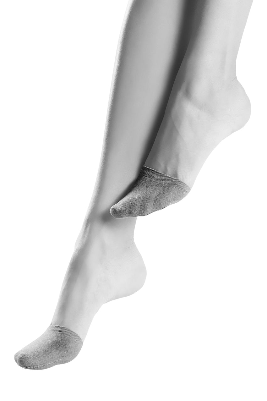 Oroblu Solange Pointe Toe covers to protect your tights from running at the foot.