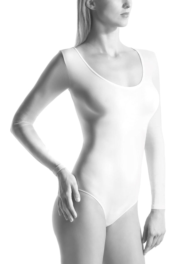 Oroblu Dolcevita Bodysuit Shirt This deep-necked, long-sleeve bodysuit wraps you in skin-protecting smooth microfiber, with snap gusset closure.