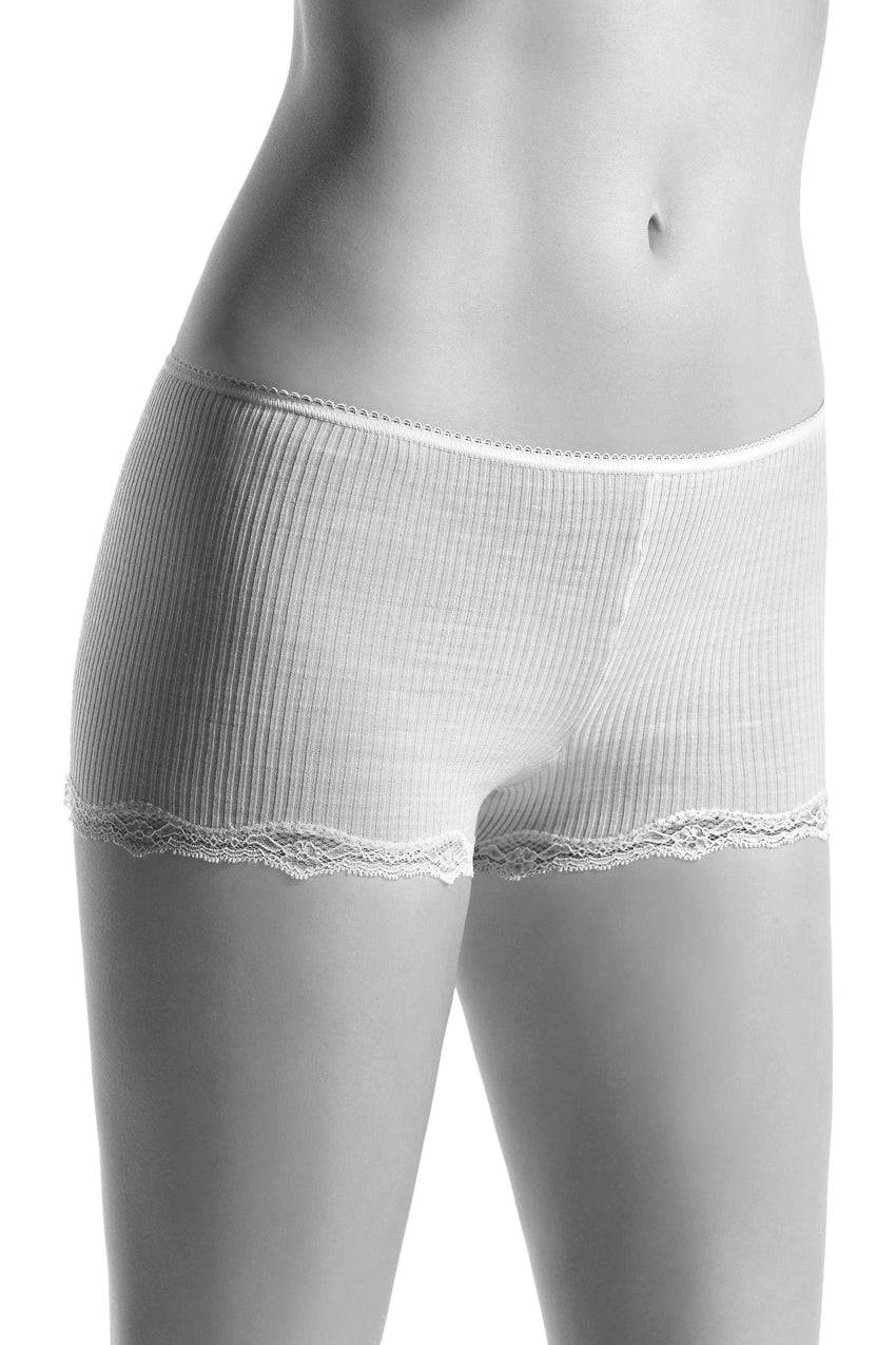 Oroblu Ellen Boxer Feminine boyshort boxer panties in soft ribbed wool-silk blend, with leg-hugging lace trim.