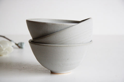 Farmhouse Dessert Bowl - Stone