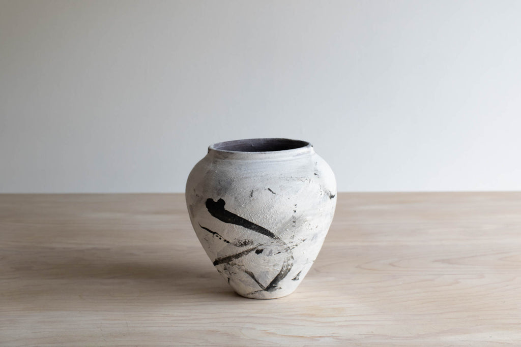 Black and White Vase No. 5