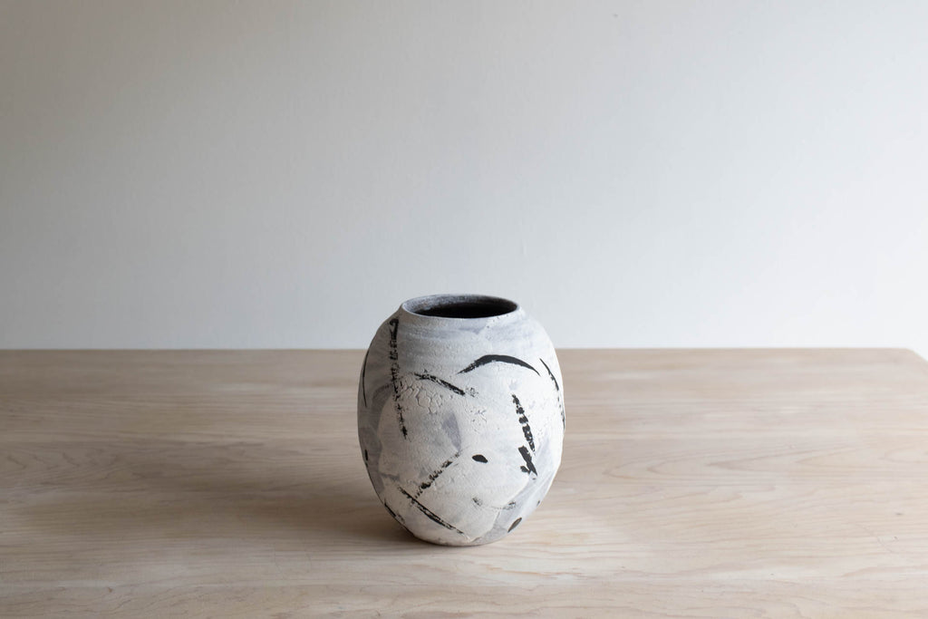 Black and White Vase No. 6