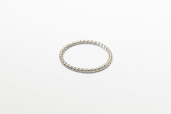 Braided Besito Ring White Gold