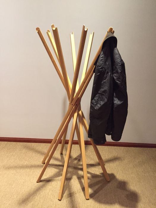 Zanotta, Sciangai coat stand, natural varnished oak