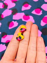 Load image into Gallery viewer, Small Yellow and Pink Leopard Print Heart Stud Earrings