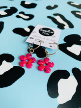 Load image into Gallery viewer, Medium Hot Pink Marble Flower Earrings