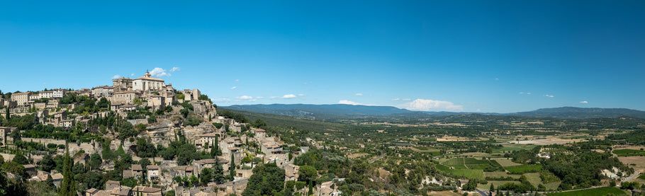 Gordes:  The hilltop village