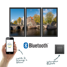 Load image into Gallery viewer, 3 fenêtres virtuelles verticales, commandables via une application bluetooth et un interrupteur sans fil.