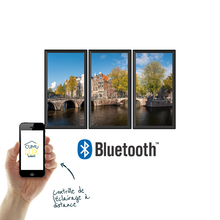 Load image into Gallery viewer, 3 fenêtres virtuelles verticales, commandables via une application bluetooth.