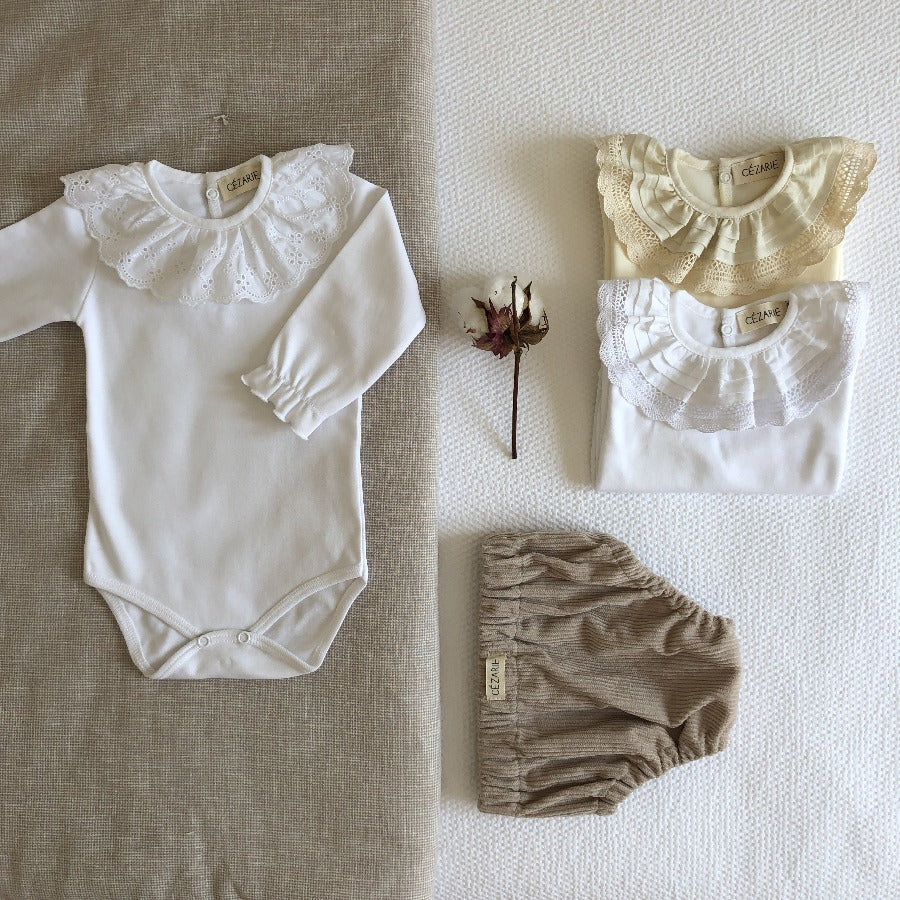 Body-bebe-fille-naissance-blanc-broderie