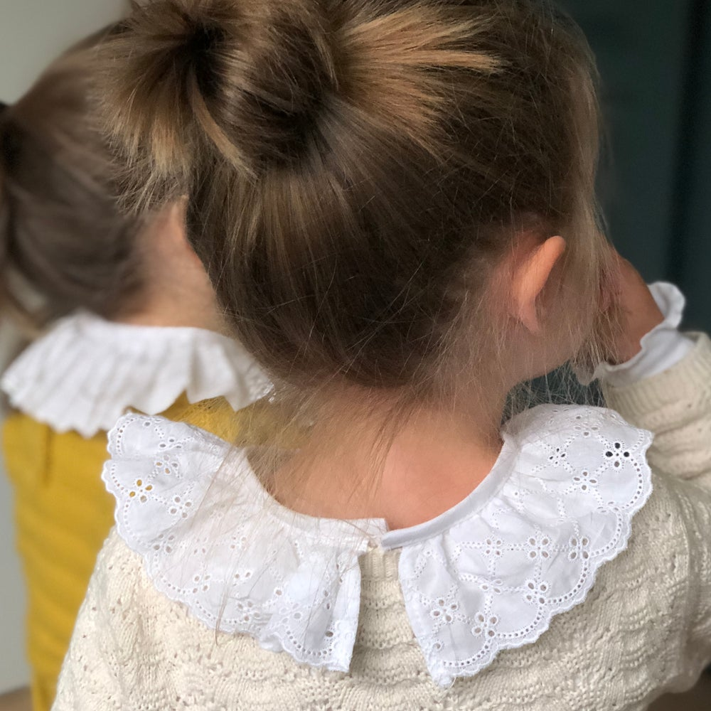petit-haut-blouse-fille-col-broderie-anglaise-detailCezarie2