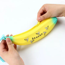 Load image into Gallery viewer, Silicone Banana Pouch