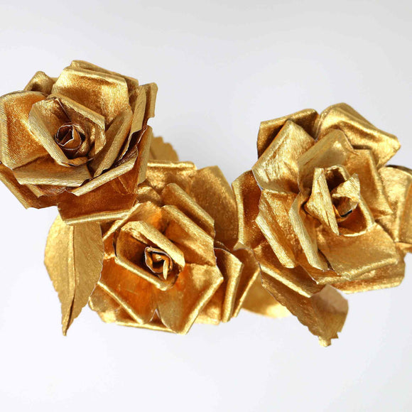 gold paper roses