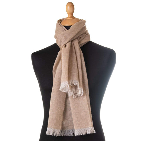 Luxury woolen scarf from Italy