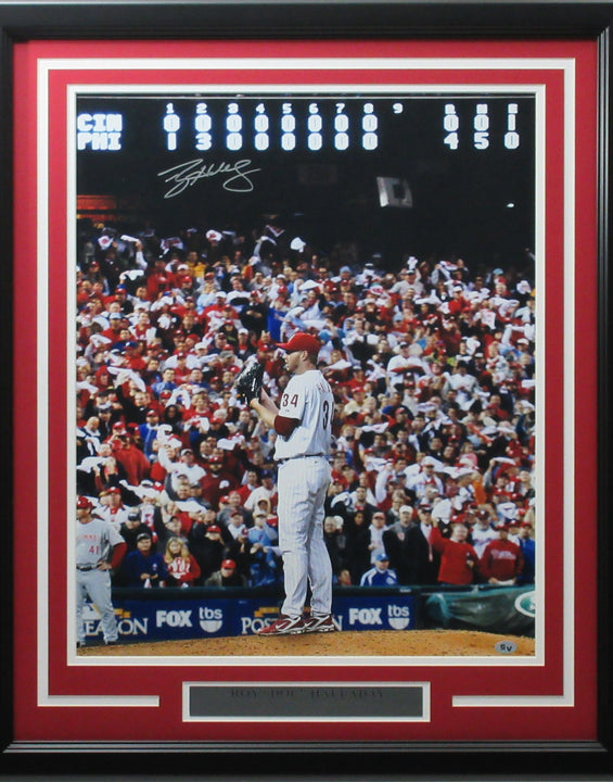 Roy Halladay 16x20 Autographed 2010 NLDS No Hitter photo framed