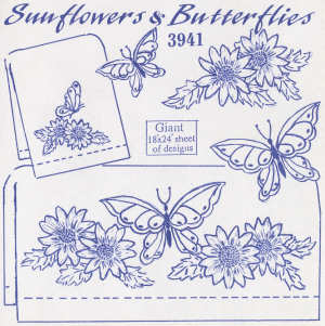 Aunt Martha 3941 - Sunflowers & Butterflies