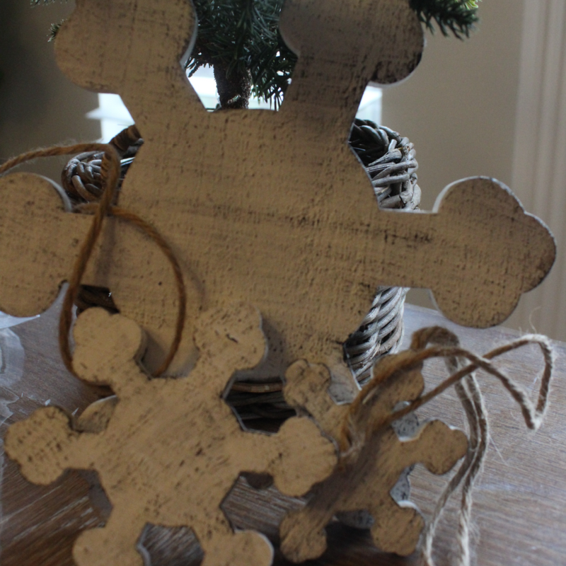 Medium Rustic Shabby Wooden Snowflake