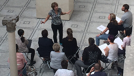 Dynamic Drawing Classes in museums and galleries – on hold due to Covid-19