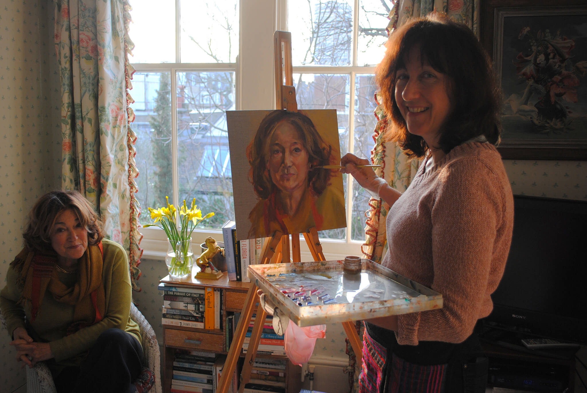 Stella Tooth painting portrait in oils of Geraldine Sharpe-Newton for Portrayed! IWF UK 25 years of inspiring women.