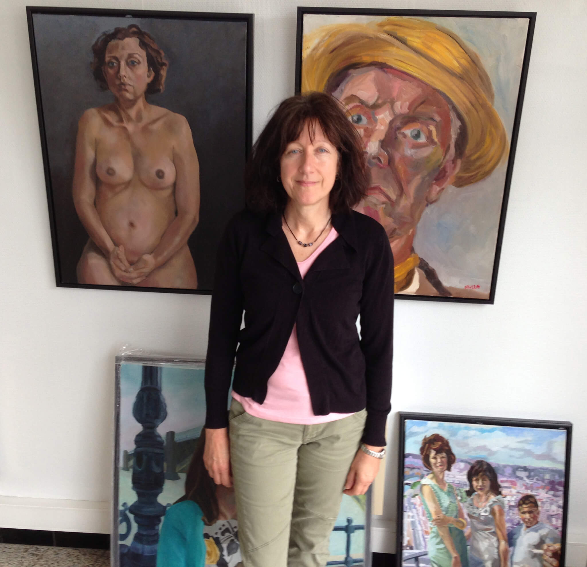 Artist Stella Tooth and oil portrait artworks in oils at Lissewege art gallery Belgium.