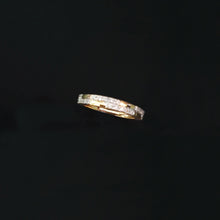 Load image into Gallery viewer, 18K YG Band Diamond Ring-1pc