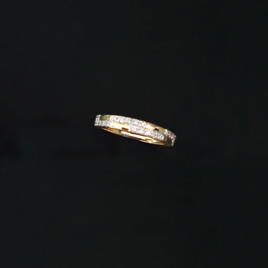 18K YG Band Diamond Ring-1pc