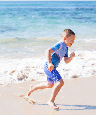 Boys Wave Mini Stretcheyz: Short Sleeved Surf Suit and Sun Protection