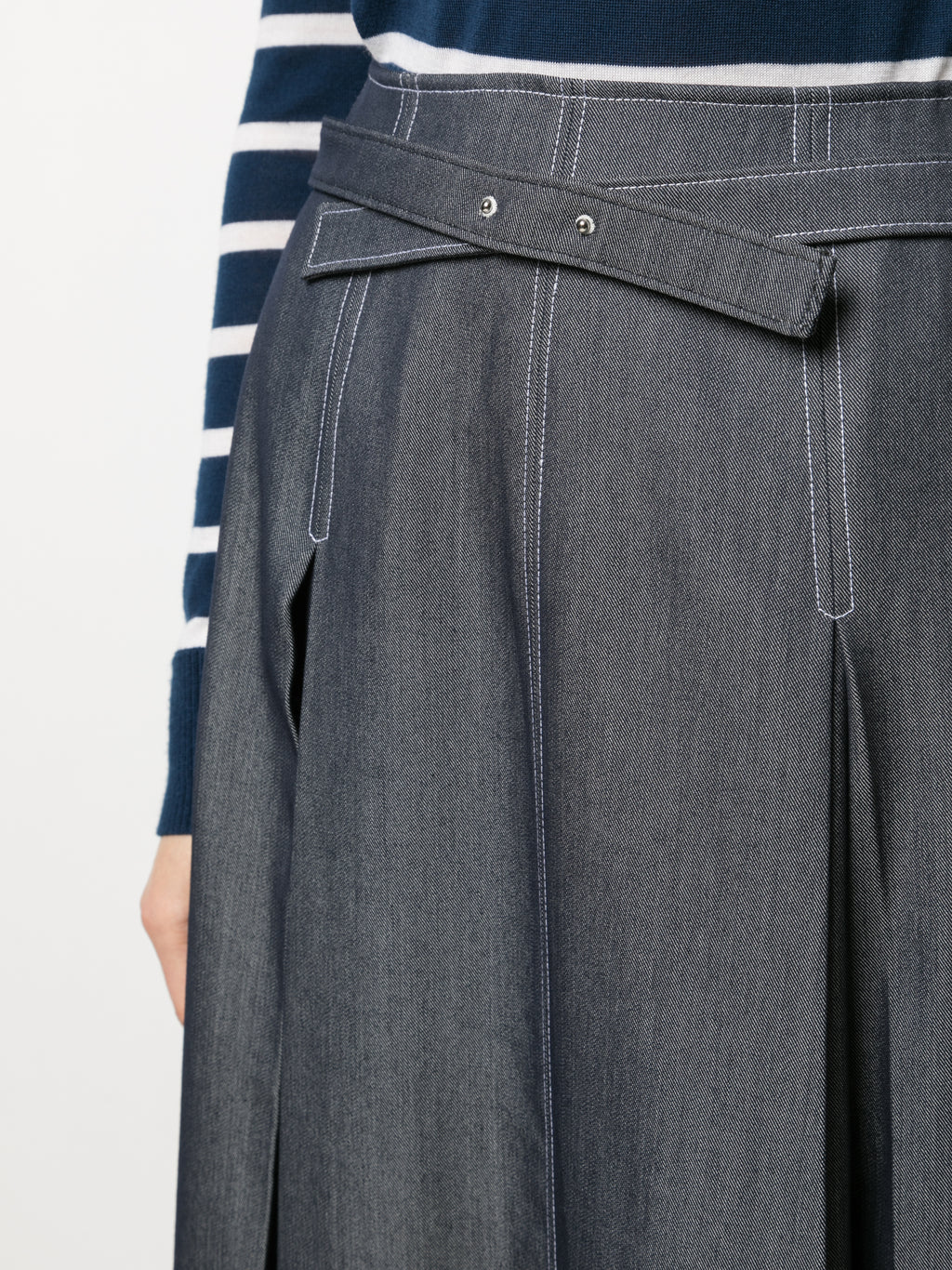 DENIM BELTED A-LINE PLEATED SKIRT